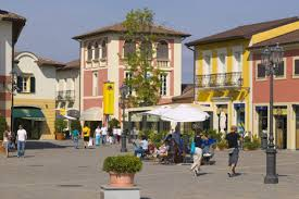 serravalle-outlet-village